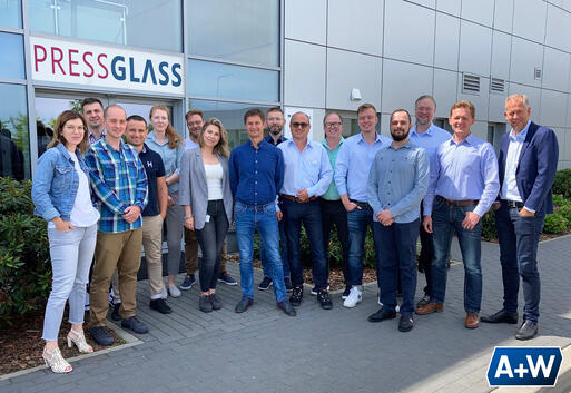 A group picture of the A+W and Pressglass team.